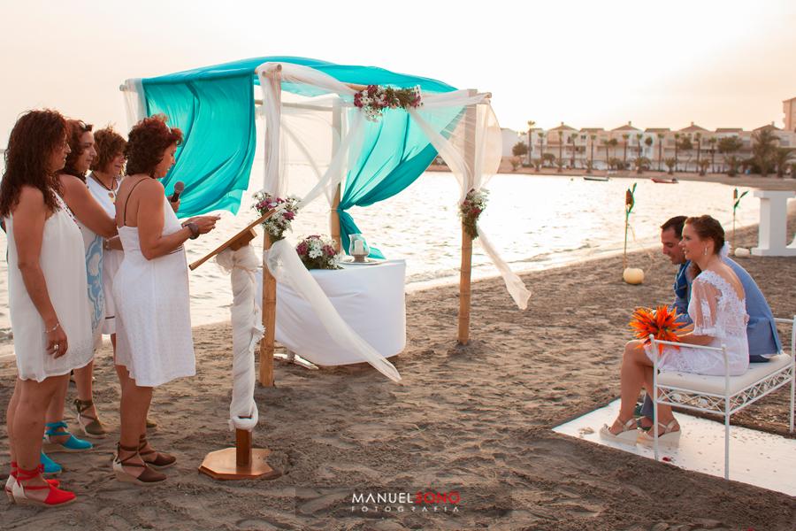 Boda en el Mar Menor, boda en la playa, fotografo de bodas valencia, fotoperiodismo de boda, restautante area sunset (20)