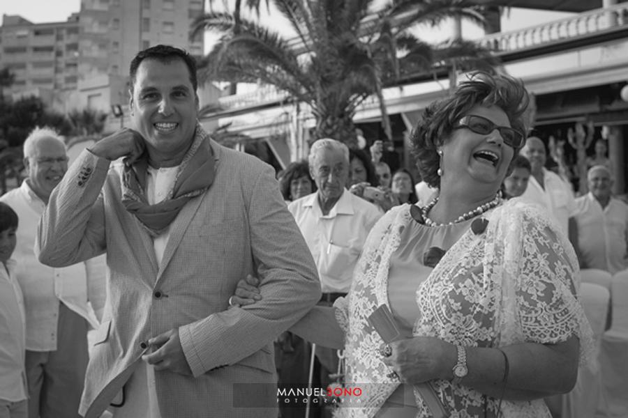 Boda en el Mar Menor, boda en la playa, fotografo de bodas valencia, fotoperiodismo de boda, restautante area sunset (39)