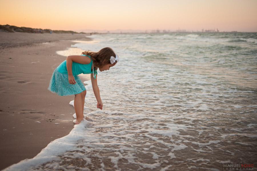 Fotografia de familia Valencia, fotografo de bodas, playa del saler, fotografia infantil