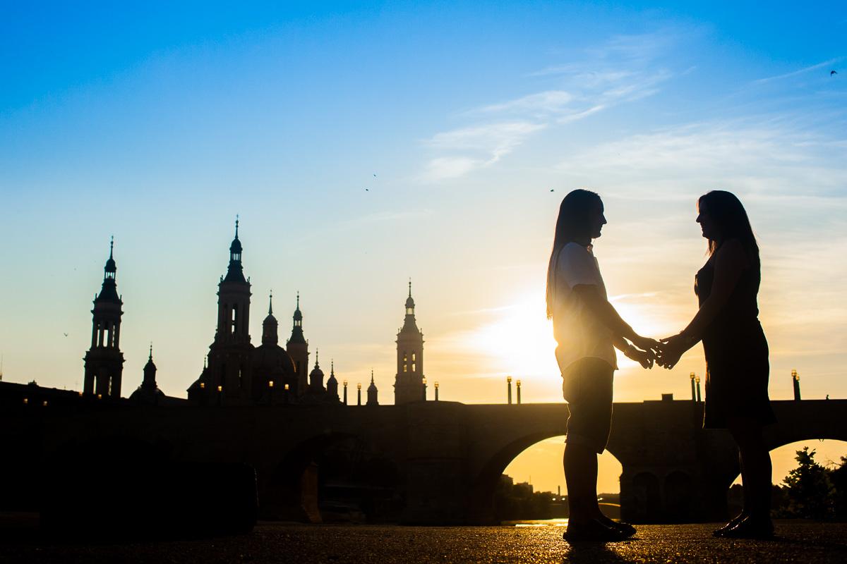 reportaje-preboda-en-el-parque-del-agua-fotografo-de-bodas-en-zaragoza